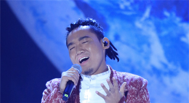 刘欢携扎西平措合唱《我和你》