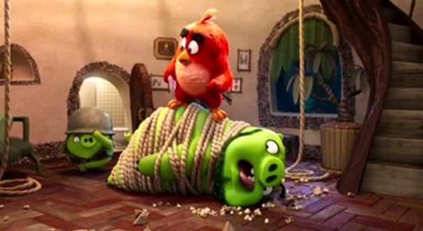 《愤怒的小鸟2》